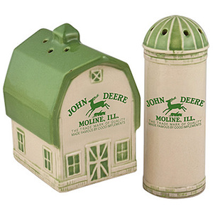 Barn And Silo Salt And Pepper Set Vintage Logo