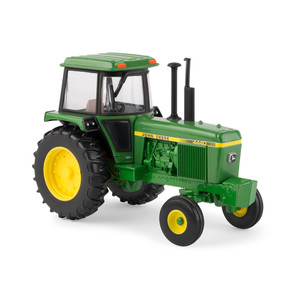 1/32 4440 TRACTOR