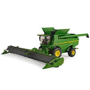 1:32 scale S680 Combine