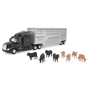 1/32 Semi with Livestock Trailer and Cattle