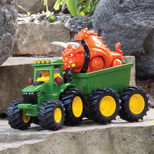 """Round Up"" the Raging Bull - Monster Treads Action Set"